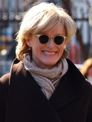 glenn Close, damages