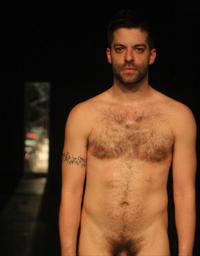 Miguel Gutierrez dans Retrospective Exhibitionist