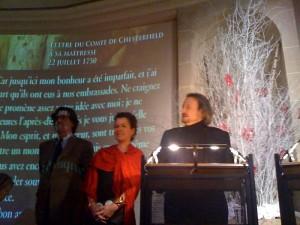 """Luc Ferry, Anne-Marie Springer et Marc restellini présentant l'exposition """"La lettre d'amour"""""""