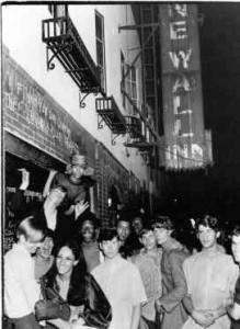 Le Stonewall Inn, bar gay du Greenwich Village
