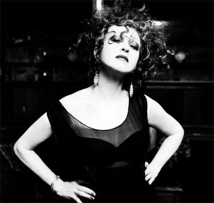 Réservez vite vos billets pour le concert de Cindy Lauper à l'Olympia le 3 juillet prochain