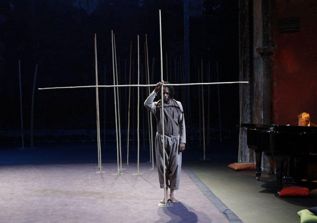 Peter Brook, une vie pour le Théâtre, un départ sur du Mozart