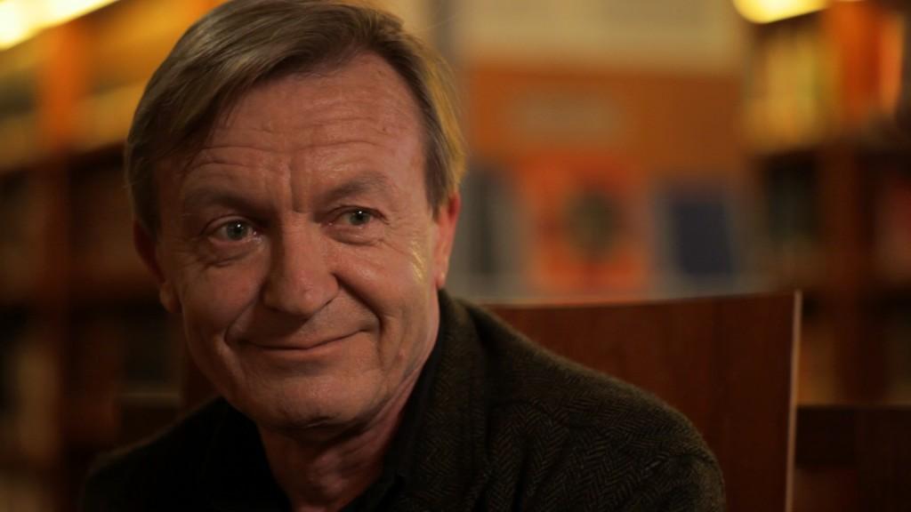 Jean Echenoz nous parle de l'écrivain Raymond Roussel