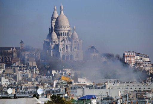 L'Elysée Montmartre en feu