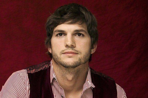 CBS confirme qu'Ashton Kutcher fera partie de Two and a Half Men