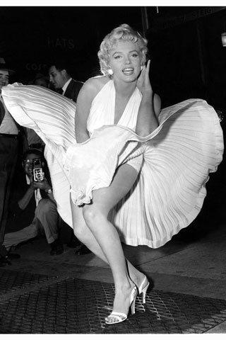 La mythique robe de Marilyn Monroe vendue aux enchères