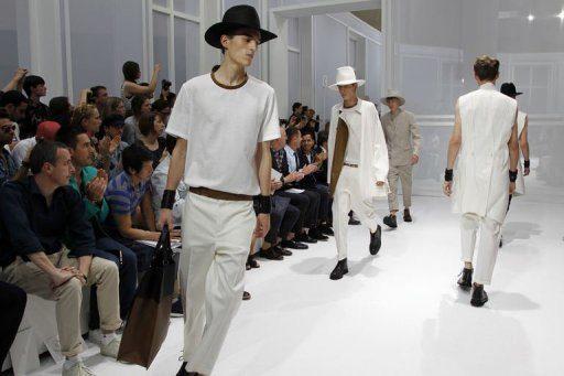 Dior Homme : un défilé encensé par les célébrités