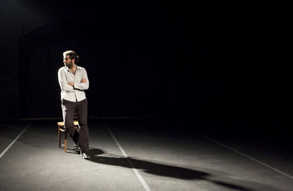 «Loin d'eux», très près du talent de Rodolphe Dana au Théâtre de la Bastille