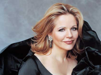 RENEE-FLEMING-NOV-05-420