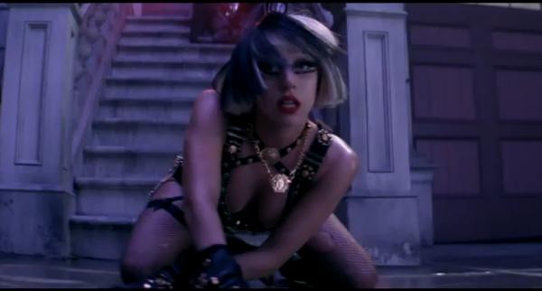 The Edge of Glory : Lady gaga sobre dans son nouveau clip