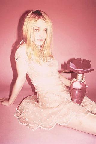 Nouvelles égéries chez Marc Jacobs : Helena Bonham-Carter et Dakota Fanning