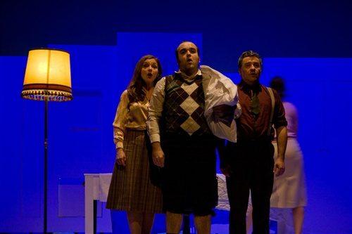 Théâtre du Rond Point-Orgueil, poursuite et décapitation ou la folie familiale jubilatoire