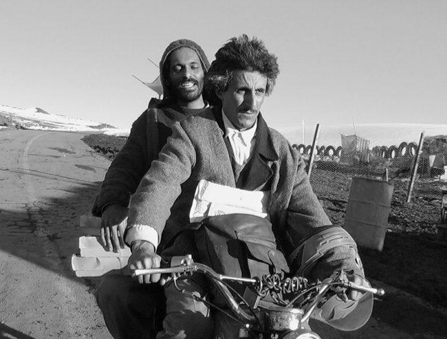 Quelques kilos de dattes pour un enterrement, l'Iran en attendant Godot