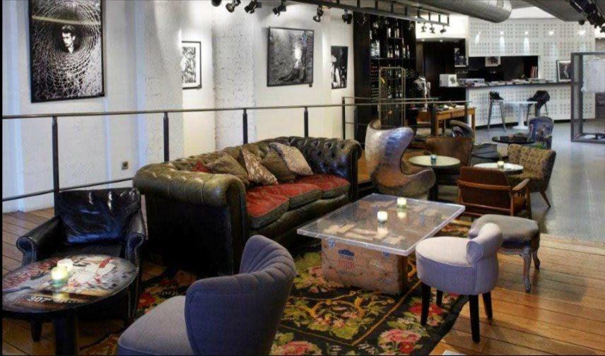 Le Renoma Café Gallery : un lieu inédit