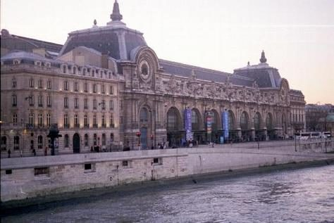 Le patrimoine parisien vous invite en voyage