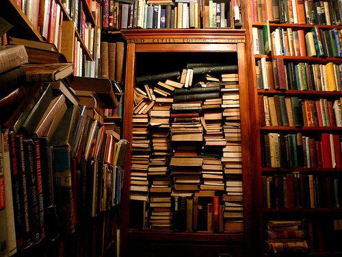 Un décret de Frédéric Mitterrand en faveur des librairies indépendantes