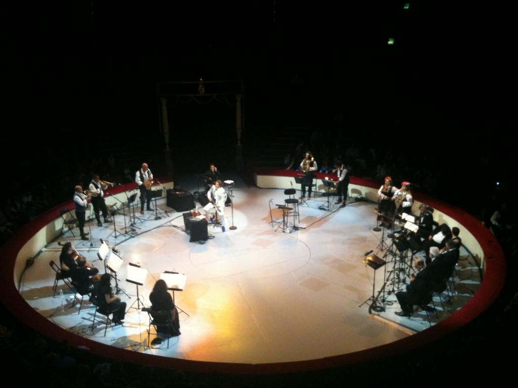 Festival d'Ile-de-France : Goran Bregovic emporte généreusement son public au Cirque d'hiver (23/09/11)