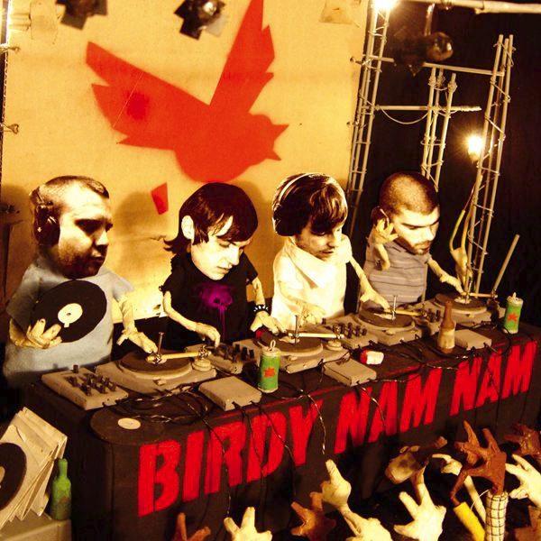 Birdy Nam Nam fait beaucoup de bruit, hors-scène