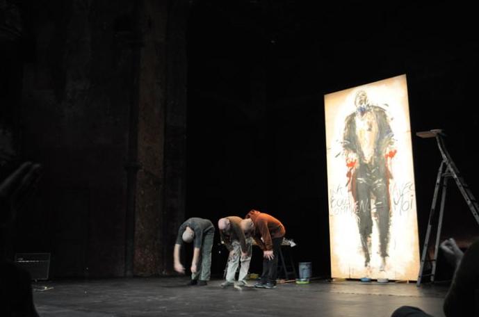 Le choc des titans : Serge Teyssot-Gay, Paul Bloas et Bernardo Montet dans le cadre de la première édition du festival Fragile Danse au Théâtre des Bouffes du Nord