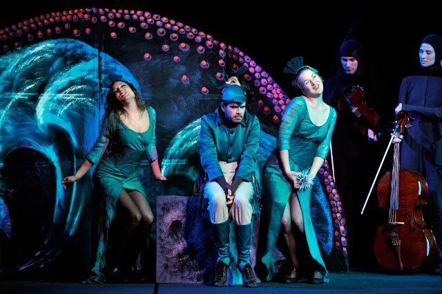 Il y a de la magie dans La Flûte enchantée d'Antoine Herbez au Théâtre de la Porte Saint-Martin