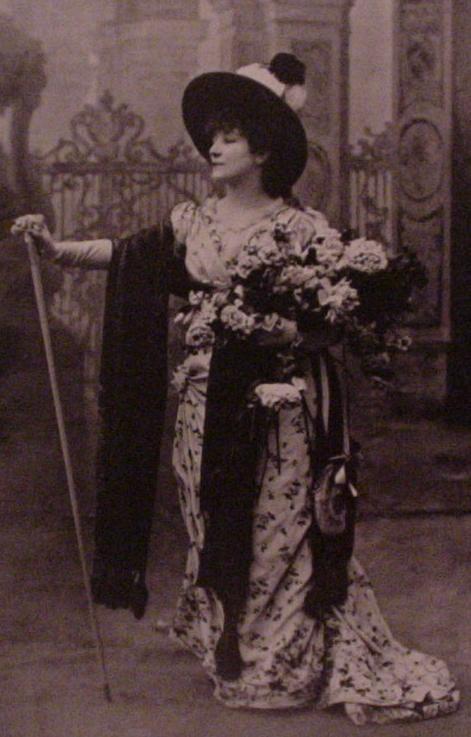 Sarah Bernhardt exposée chez Maxim's