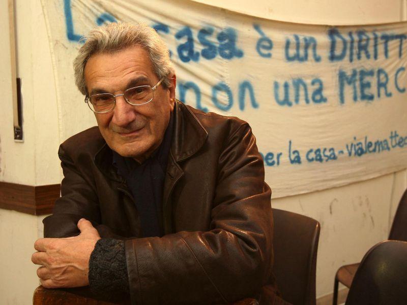 Antonio Negri fait lire son Prométhée au Théâtre de l'Odéon le 12 novembre