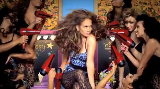Good hit, le nouveau titre de J-Lo à la gloire du sèche-cheveux