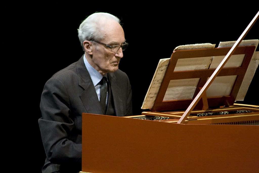 Le maestro Gustav Leonhardt quitte la scène