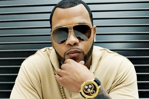 Flo Rida, T-Pain et LMFAO ensemble pour <em></noscript>Run to you</em>