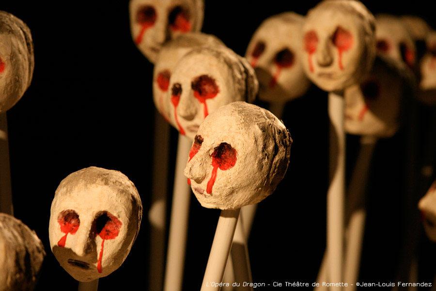 <em></noscript>L'Opera du Dragon</em>, Johanny Bert rend la politique poétique