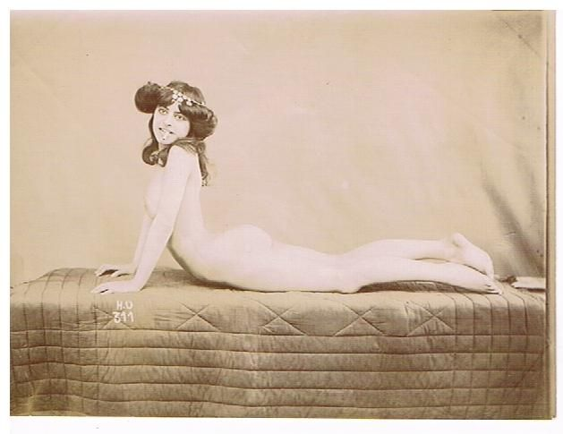 Camille au Chabanais en 1900 100DPI