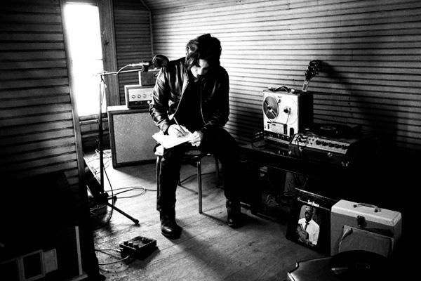 Premier album solo pour Jack White