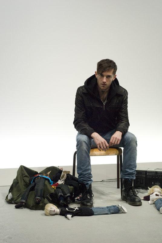 <em></noscript>Jerk</em>, sexe morbide au Nouveau Festival du Centre Georges Pompidou