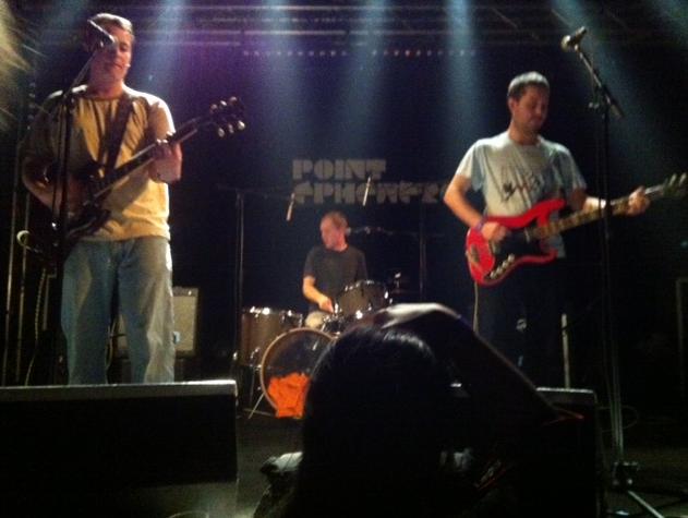 Live report : The Wave Pictures au Point Éphémère : du bon rock et de la vivacité captivante (07/03/2012)