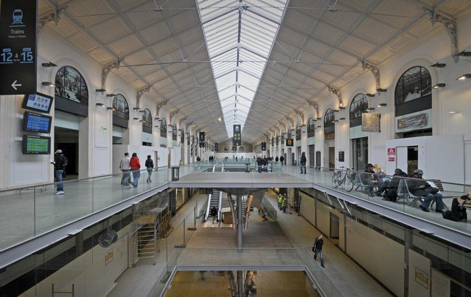 paris dispose d sormais d 39 une gare saint lazare toute. Black Bedroom Furniture Sets. Home Design Ideas