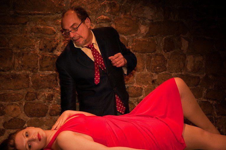 Une inquiétante Leçon de Ionesco au Théâtre de Nesle