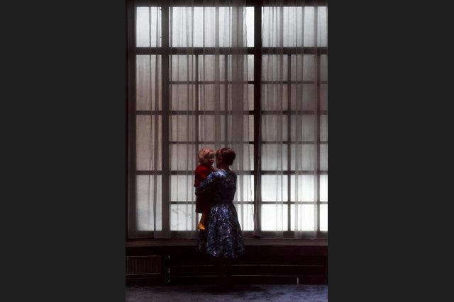 La nuit tombe, le chef d'oeuvre lynchien de Guillaume Vincent