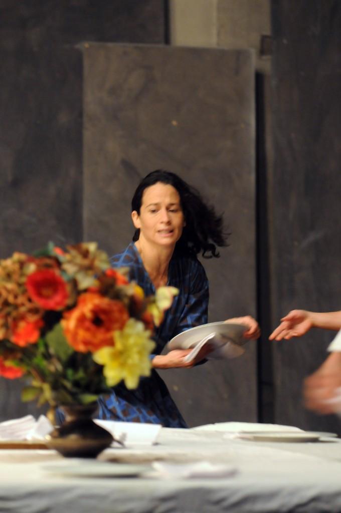 Biennale de la danse 2012 : <em></noscript>nocturnes</em> de Maguy Marin