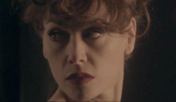 Olivia Ruiz, nouveau clip renouant avec l'univers de la femme chocolat