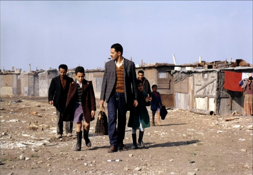 Vivre au Paradis : un film évènement sur l'immigration algérienne, disponible en DVD