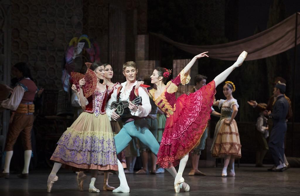 <em></noscript>Don Quichotte</em> selon Noureev : le folklore russe sous la flamme ibère