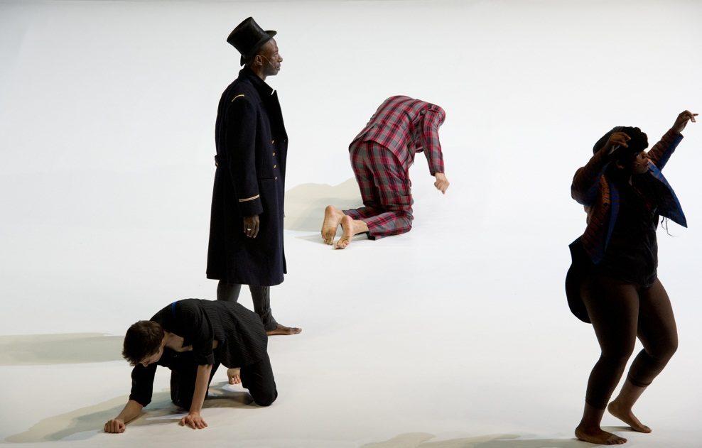 <em></noscript>Baron Samedi</em> de Alain Buffard : le vaudou pour libérer les identités