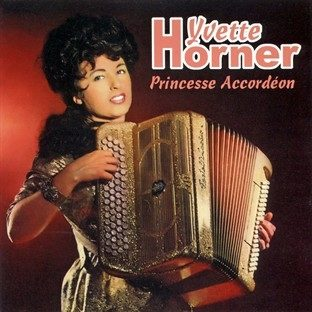 Yvette Horner a 90 ans : Son copain, son compagnon, c'est l'accordéon ! Ou un suicide journalistique une veille de fin du monde