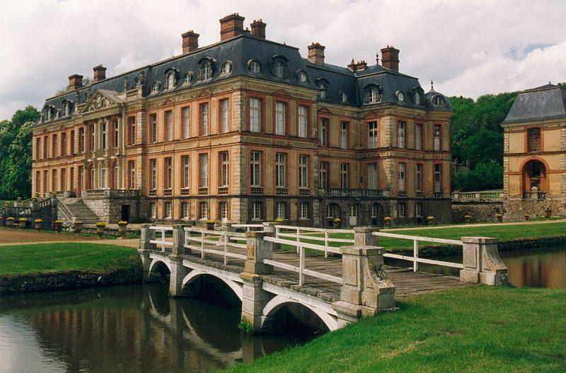 La bibliothèque des ducs de Luynes bientôt vendue aux enchères