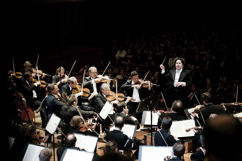Face B : La tendance symphonique chez les artistes de variété