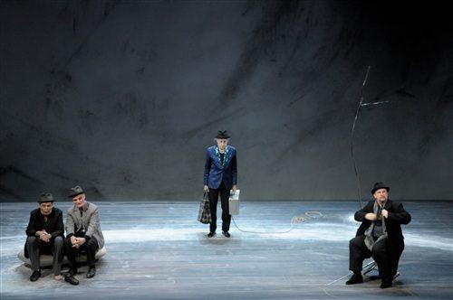 Un Godot précis mis en scène avec finesse par Bernard Lévy à l'Athénée