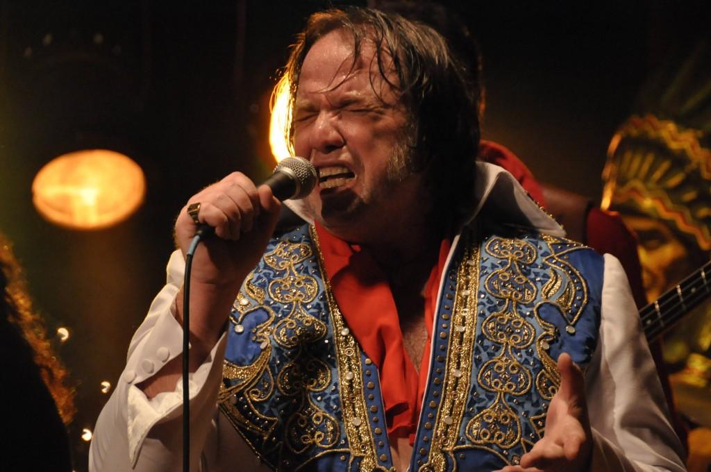 Gagnez 3×2 places pour l'avant-première d'Ultimo Elvis le 9 janvier (sortie le 16 janvier 2012)