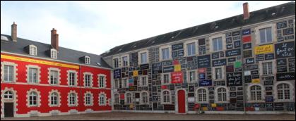 Dédiée au mouvement Fluxus, la fondation du Doute ouvre en avril à Blois, sous le parrainage de Ben