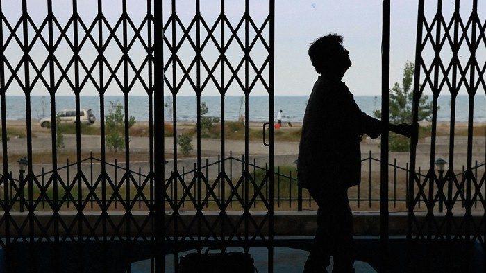 Pardé : Jafar Panahi entrouvre les rideaux sur les affres de son assignation à résidence pour la Berlinale