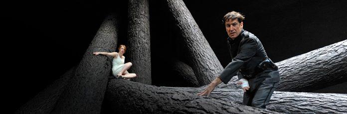 Der Weibsteufel à l'Odéon, la star Birgit Minichmayr est le diable fait femme mis en scène par Martin Kusej